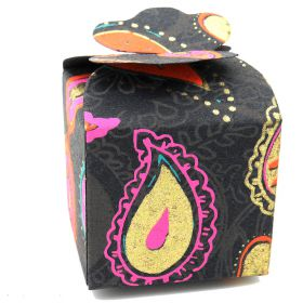 5cm square mini gift box paisley on black